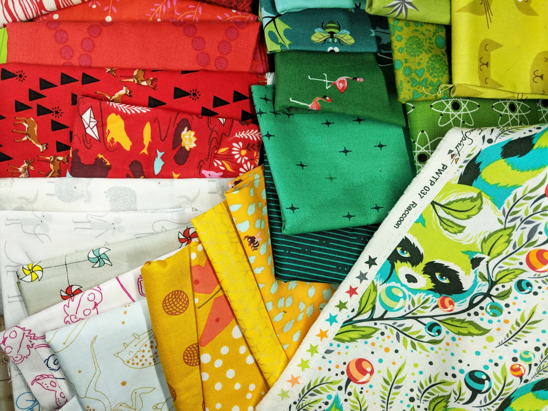 3 Secret Formulas to Picking Fabric Colors that Work Together for Your Quilt